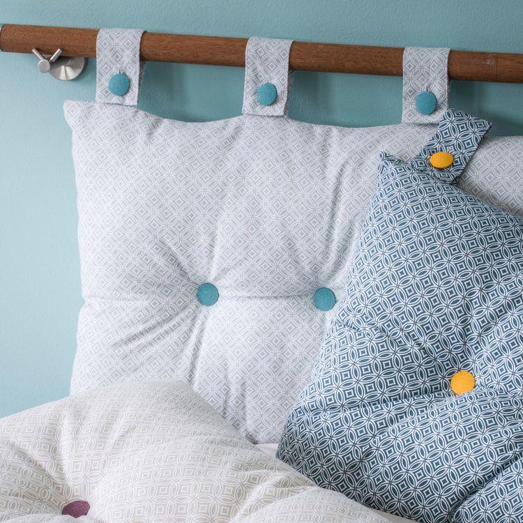 des coussins pour t te de lit avec un mix de couleurs qui. Black Bedroom Furniture Sets. Home Design Ideas