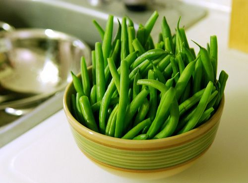 Green beans with garlic and tomatoes marinated with olive oil, basil and parsley.  Snap off ends of beans and remove strings. Cook in boiling salted water for 2 to 3 minutes. Drain and place in oven proof baking dish. In a saute pan saute the onion and garlic in olive oil, just until tender. […]