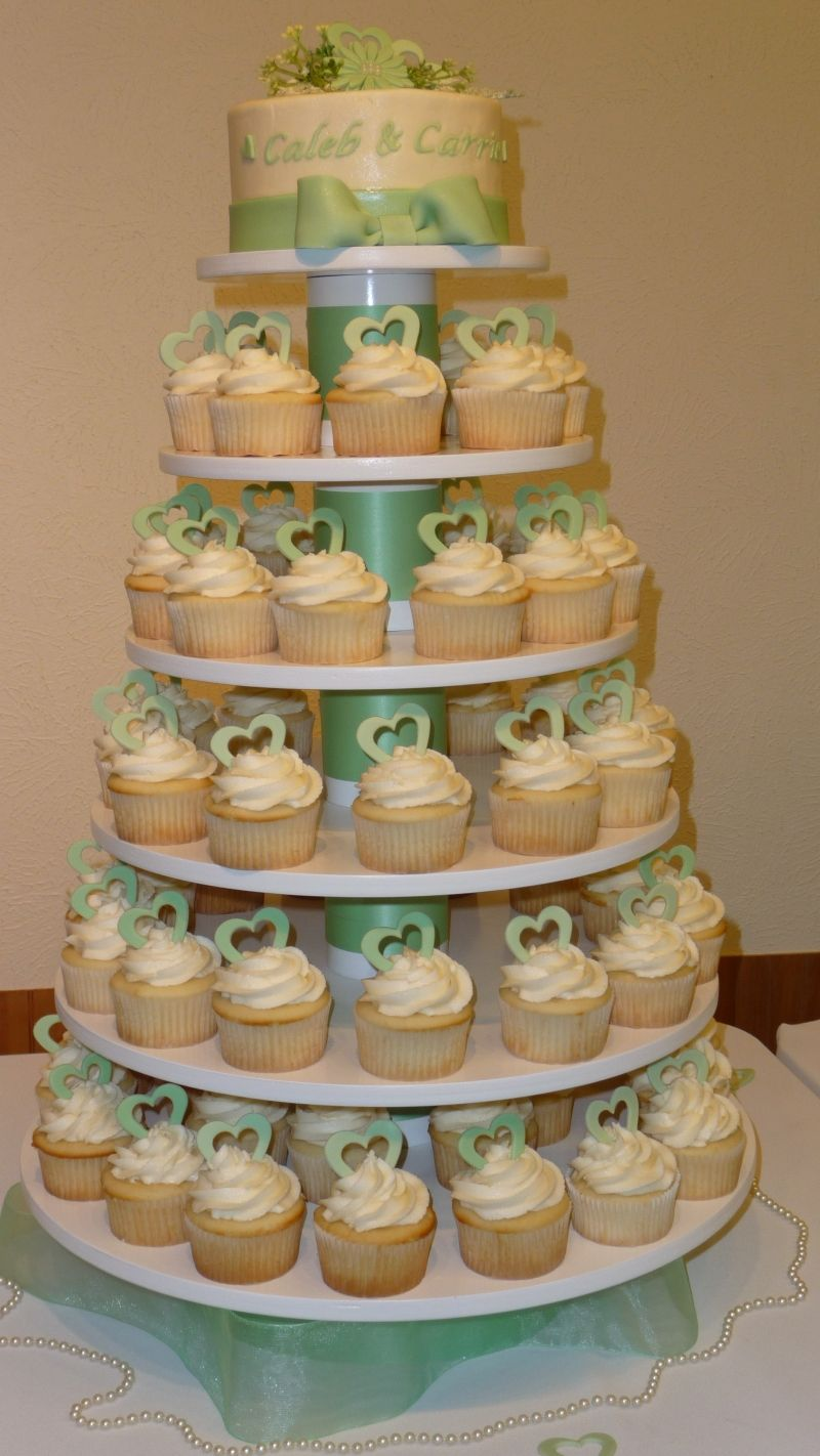 More wedding cupcakes