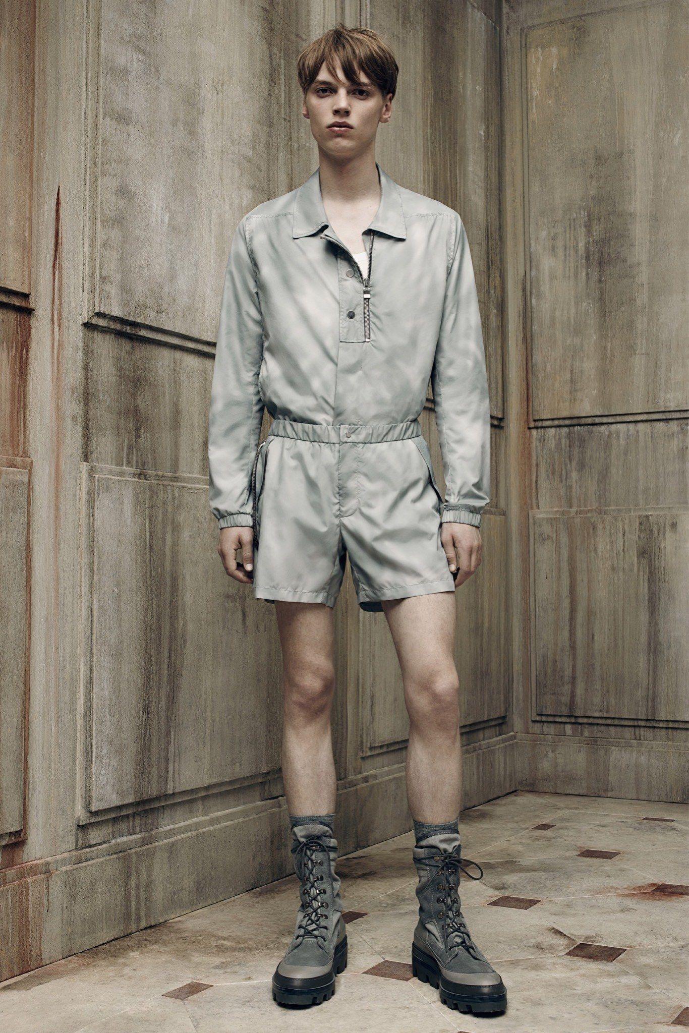 Balenciaga Spring 2016 Menswear Collection Photos - Vogue