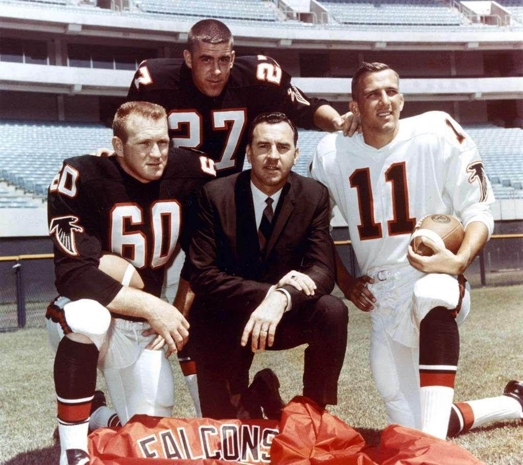 Patriots Vs Falcons Tale Of The Tape Atlanta Falcons Football Nfl Football Teams Falcons Players
