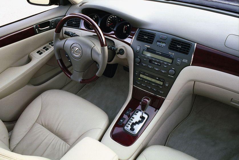Pin By I I I I I On Vroom Vroom Lexus Es Lexus Luxury Sedan