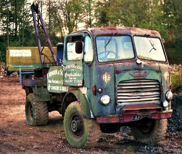 Leyland Beaver Recovery Truck With Images Old Lorries Old
