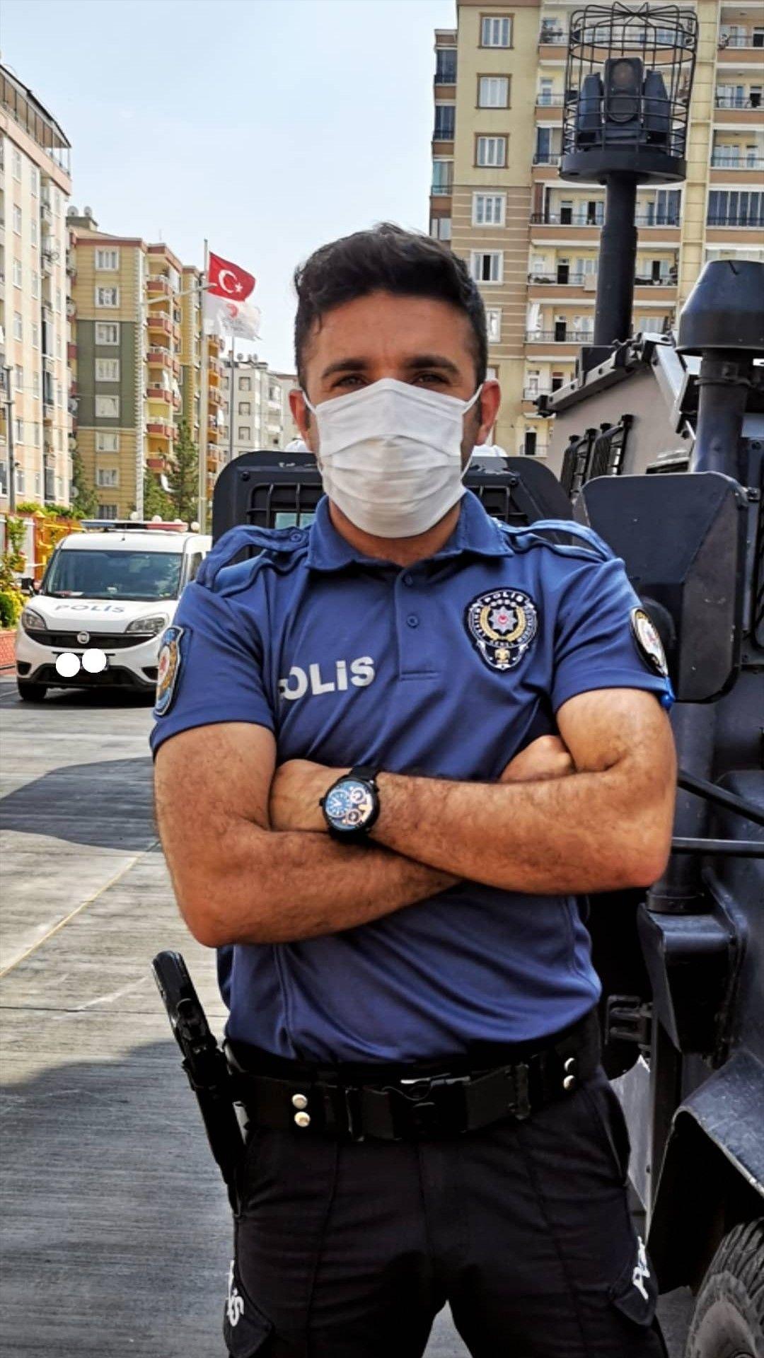Ozel Kuvvetler Polis Asker Panosundaki Pin