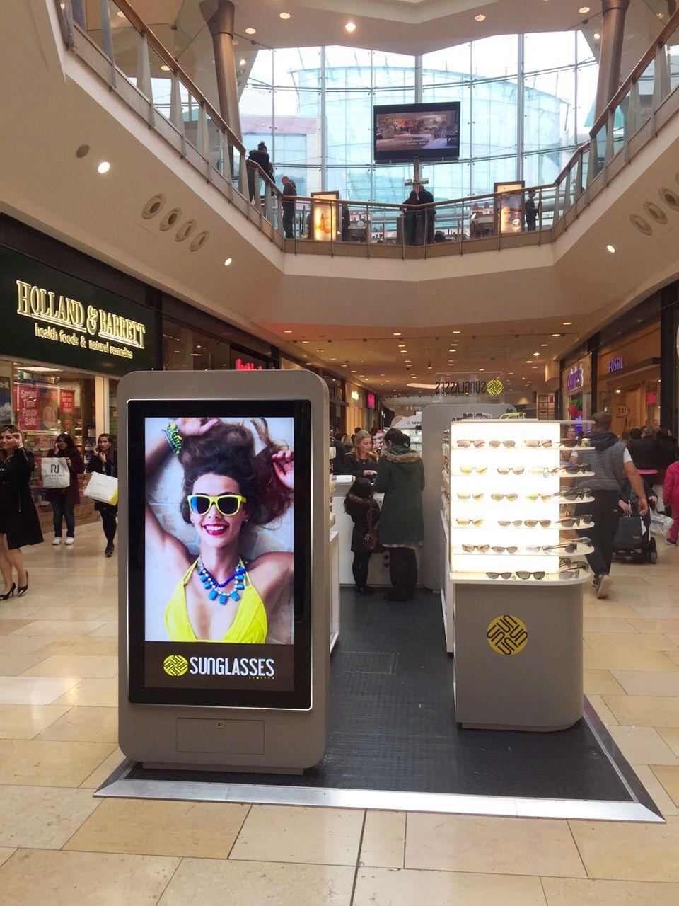 adf6fbea25 Allsee 55 inch Android Digital Advertising Display Sunglasses Hut ...