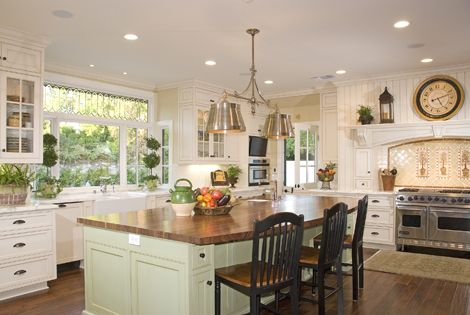Large windows above sink l shape island with chairs for Kitchen designs with big windows
