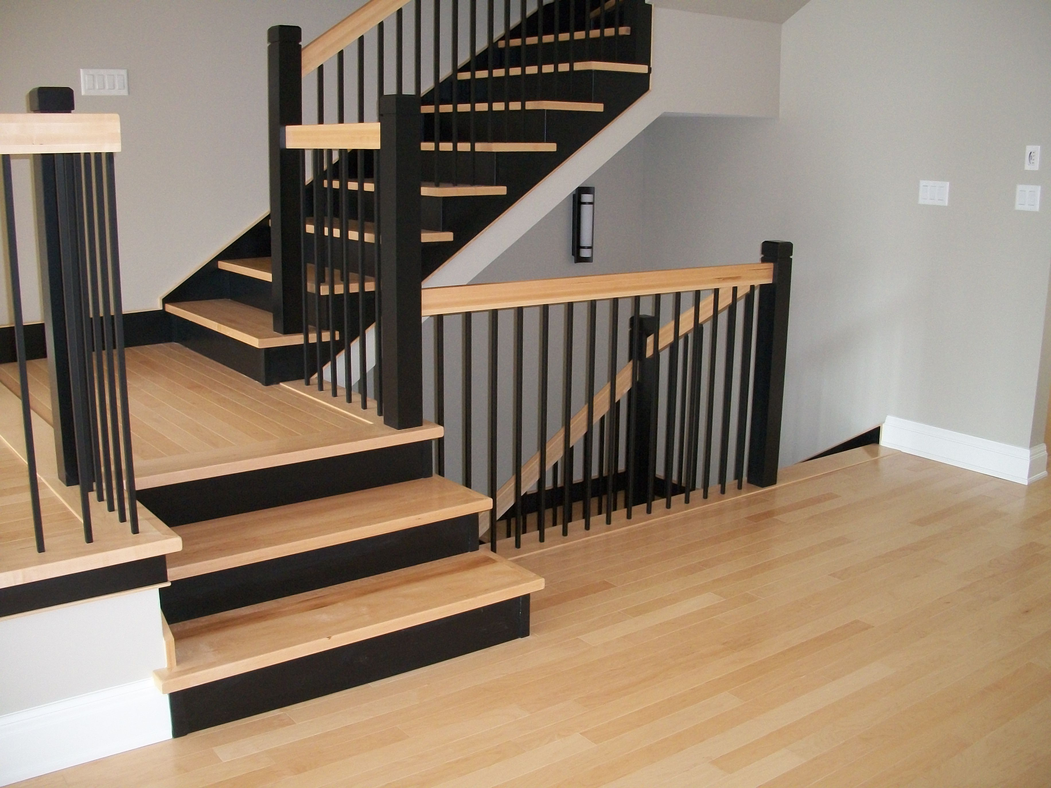 Best Two Toned Stairs Black Natural Birch 3 Plain Square 400 x 300