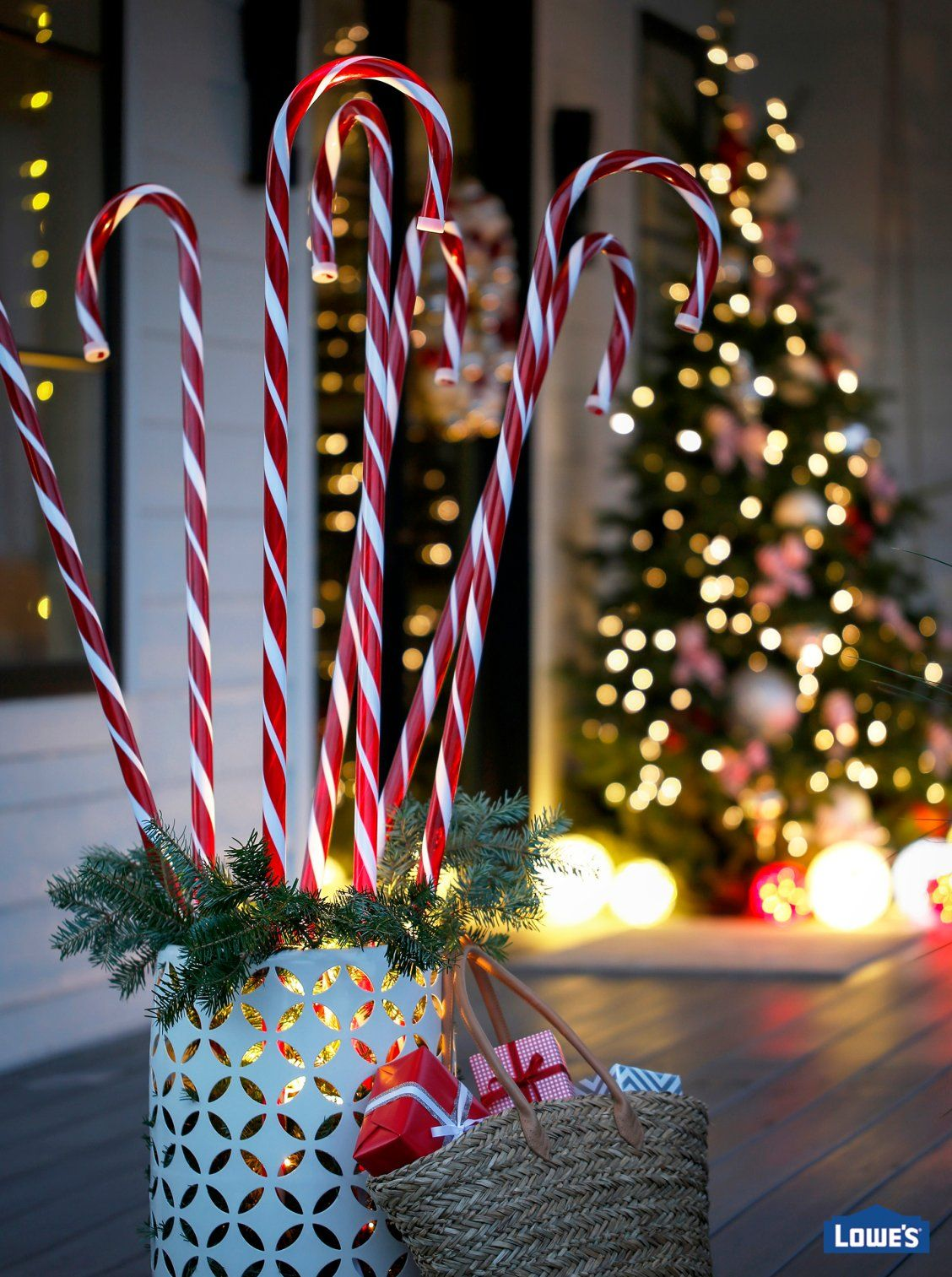 Candy Cane Outdoor Decorations Candy Canes Are A Sweet Way To Say Merry Christmasflip A Round