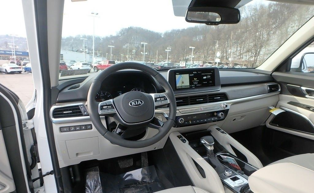 All The Way Back Starting From 2018 Green Has Been Dominating The Color Choices For Interior Design Mercedes Benz Glc 300d 4matic Specifications Gray Interi Di 2020
