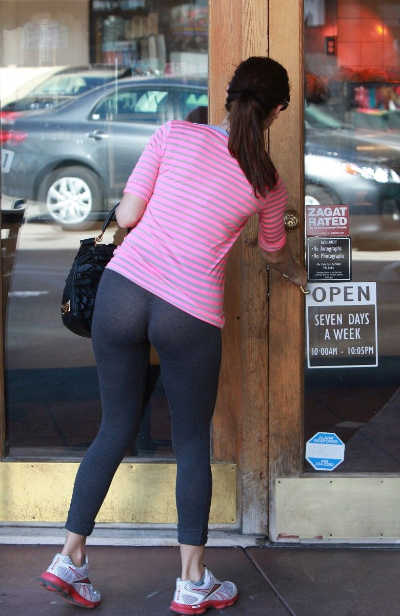 No Panties Yoga Pants : panties, pants