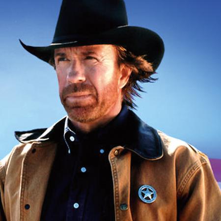 Chuck Noris Puede Ahogarte Con El Cable De Un Telefono Inalambrico Chuck Norris Chuck Norris Facts Chuck Norris Memes