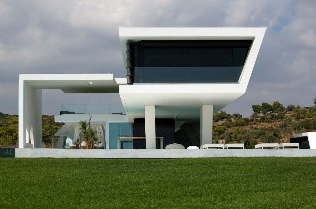 Wonderful futuristic house design with beautiful nature for Futuristic home plans