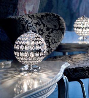 Popular Braga Illuminazione und Swarovski machen aus gew hnlichen Lampen edle hochwertige Leuchten die im wahrsten