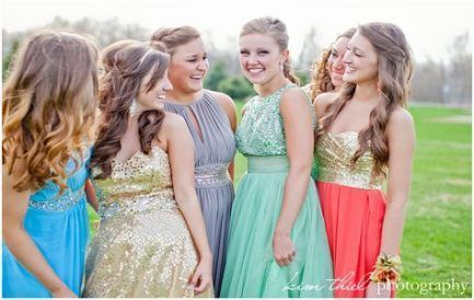 New Photography Poses For Teens Girls Prom Dresses Ideas #promphotographyposes New Photography Poses For Teens Girls Prom Dresses Ideas #promphotographyposes