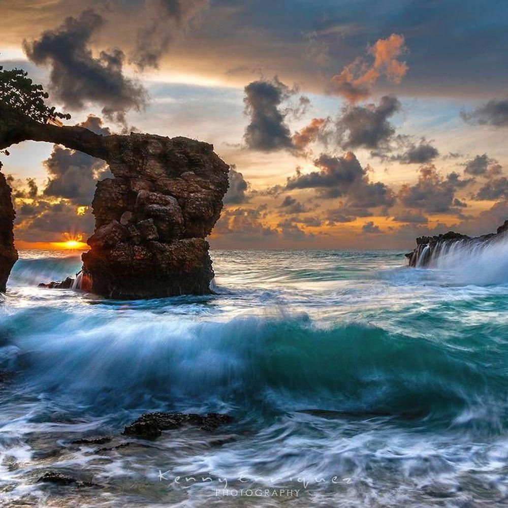 """""""Portal To Heaven"""" by Kenny Enriquez https://gurushots.com/kennyenriquez/photos?tc=2f714573798c4445d3810149174a9e47"""