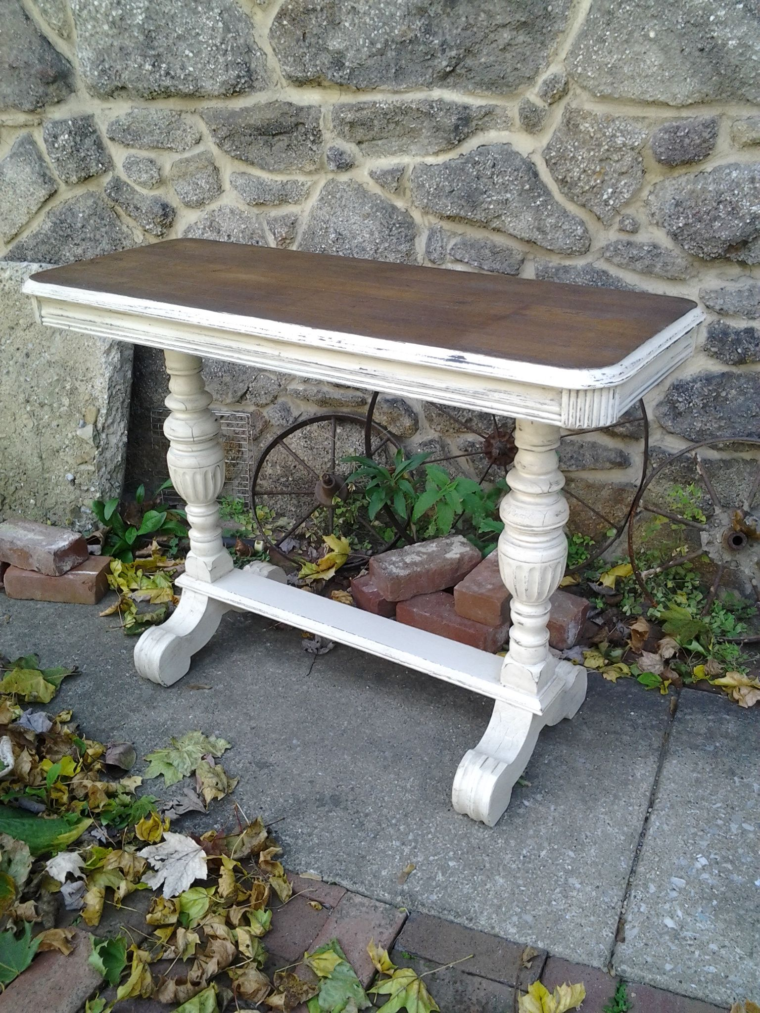 Shabby chic sofa table Art Deco