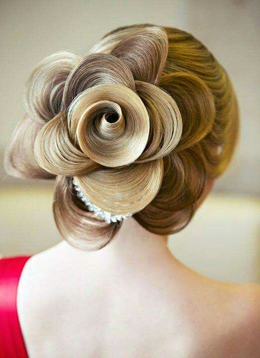 Love This Rose Style Cool Hairstyles Hair Styles Hair Inspiration