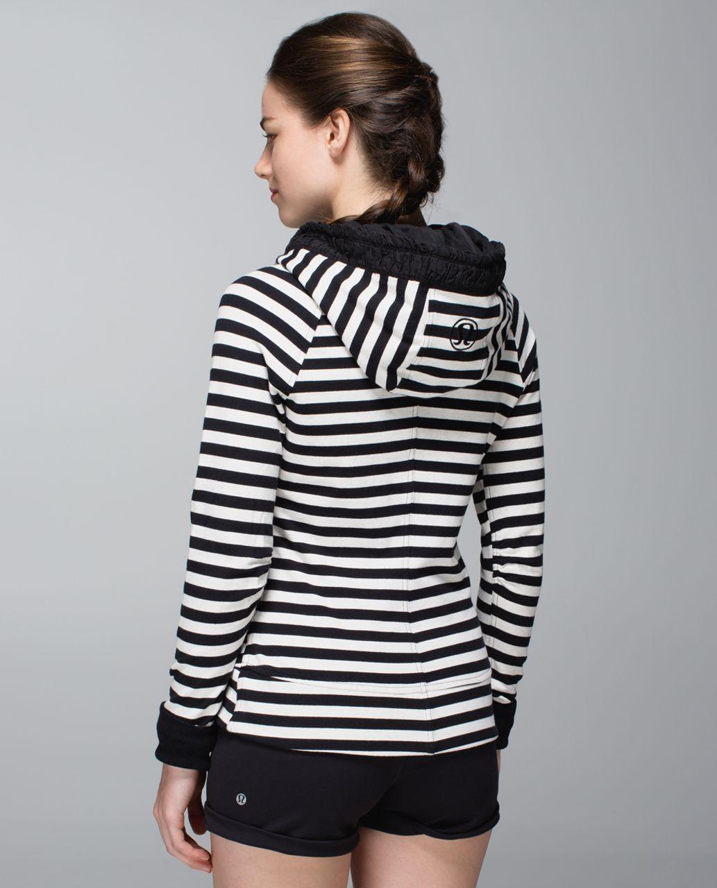 4894742671 Lululemon Movement Jacket - Apex Stripe Black Heathered Angel White / Black