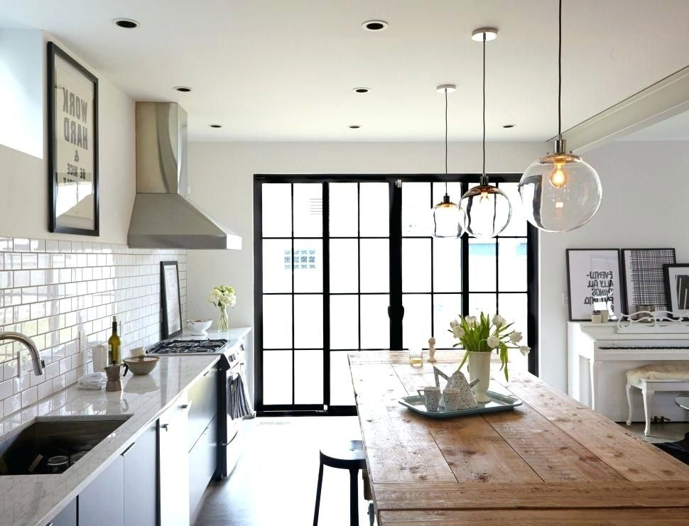 Pendant Lighting Over Kitchen Island