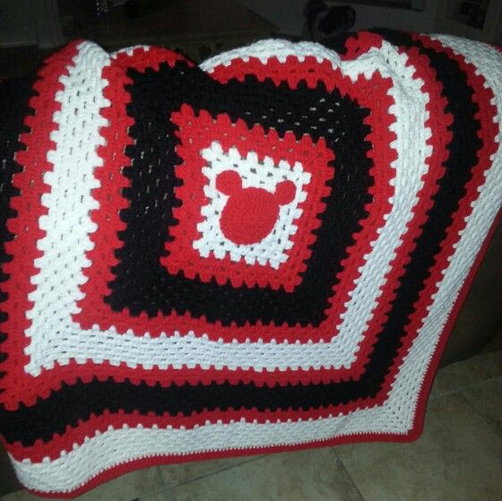 Mickey Mouse Granny Square Blanket Crochet Mickey Mouse Crochet Disney Mickey Mouse Quilt