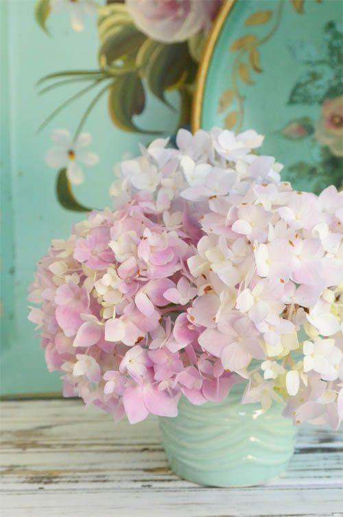 die hortensie im romantischen look hortensie twbm blumen flowers vase hydrangea. Black Bedroom Furniture Sets. Home Design Ideas