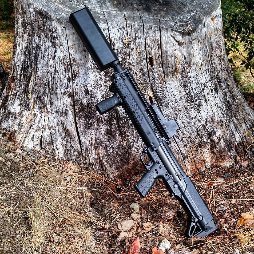 """I'm so glad someone recommended the 8"""" rod kit for my salvo. I still don't need earpro and its balanced perfectly. @silencerco you guys make some cool stuff. I can't put this thing down.  by horseheadinfidel"""