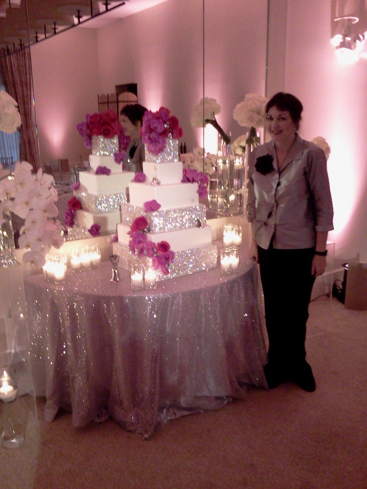 Wedding Cakes With Bling