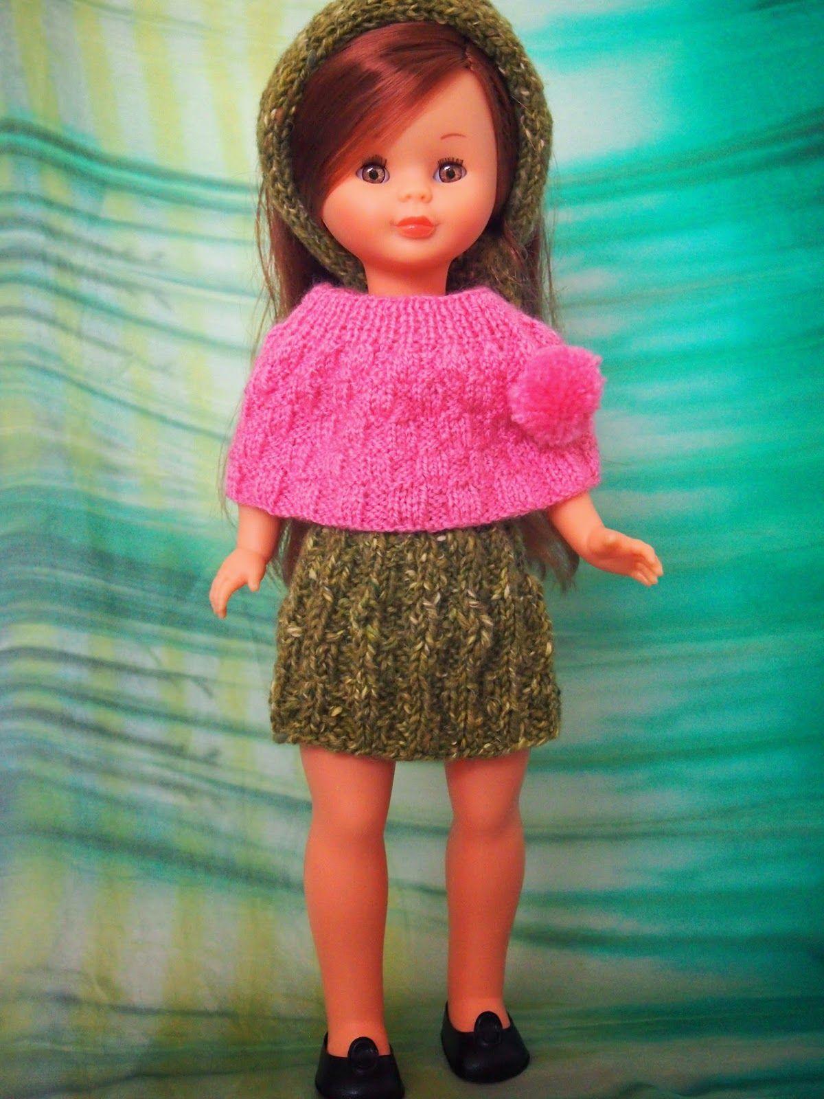 Vais a ver como este poncho y la cinta de pelo son multiusos.                      Ahora es un falda                         Y combinado ...
