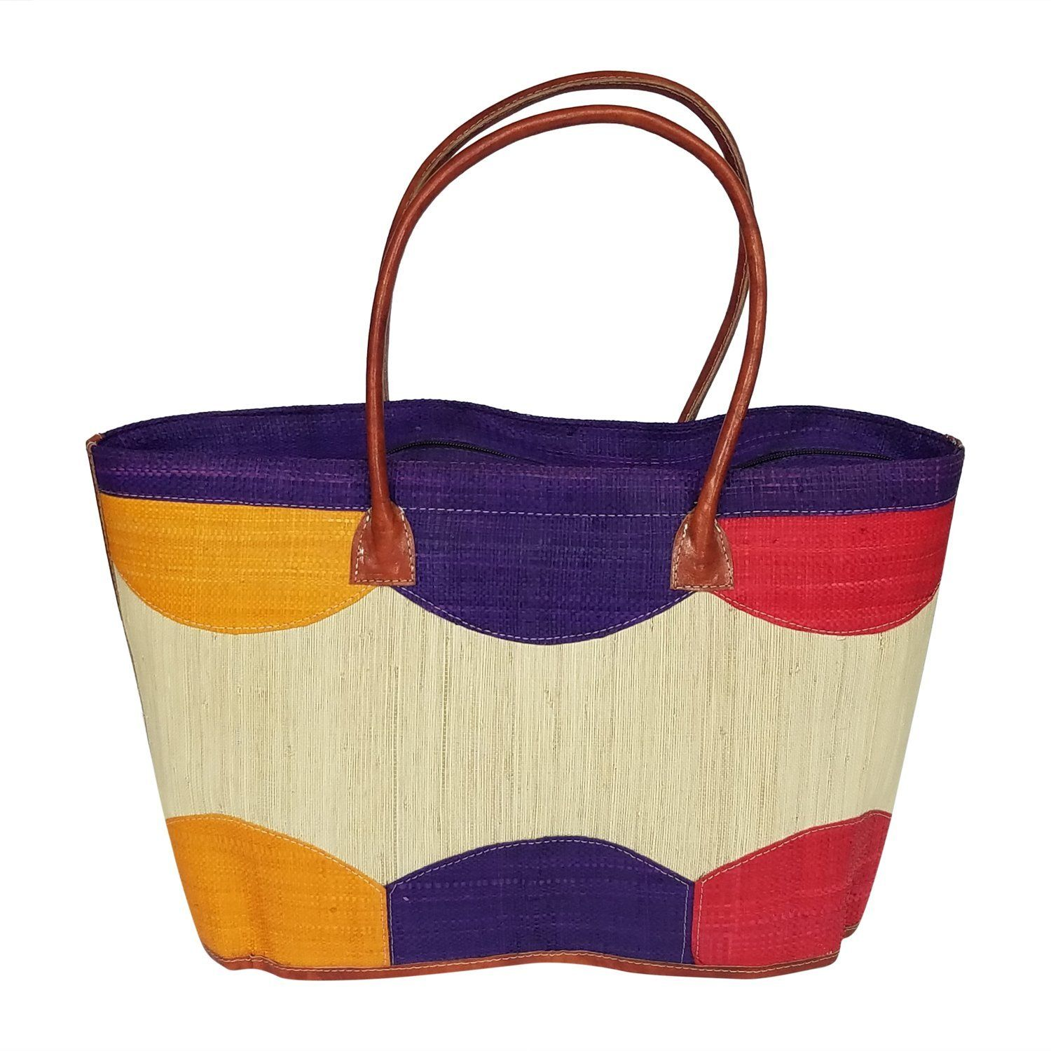 Not that's how you get read for summer or spring! Beautiful hand woven raffia hand bag imported from the island of Madgascar. Looks good and I love the texture!