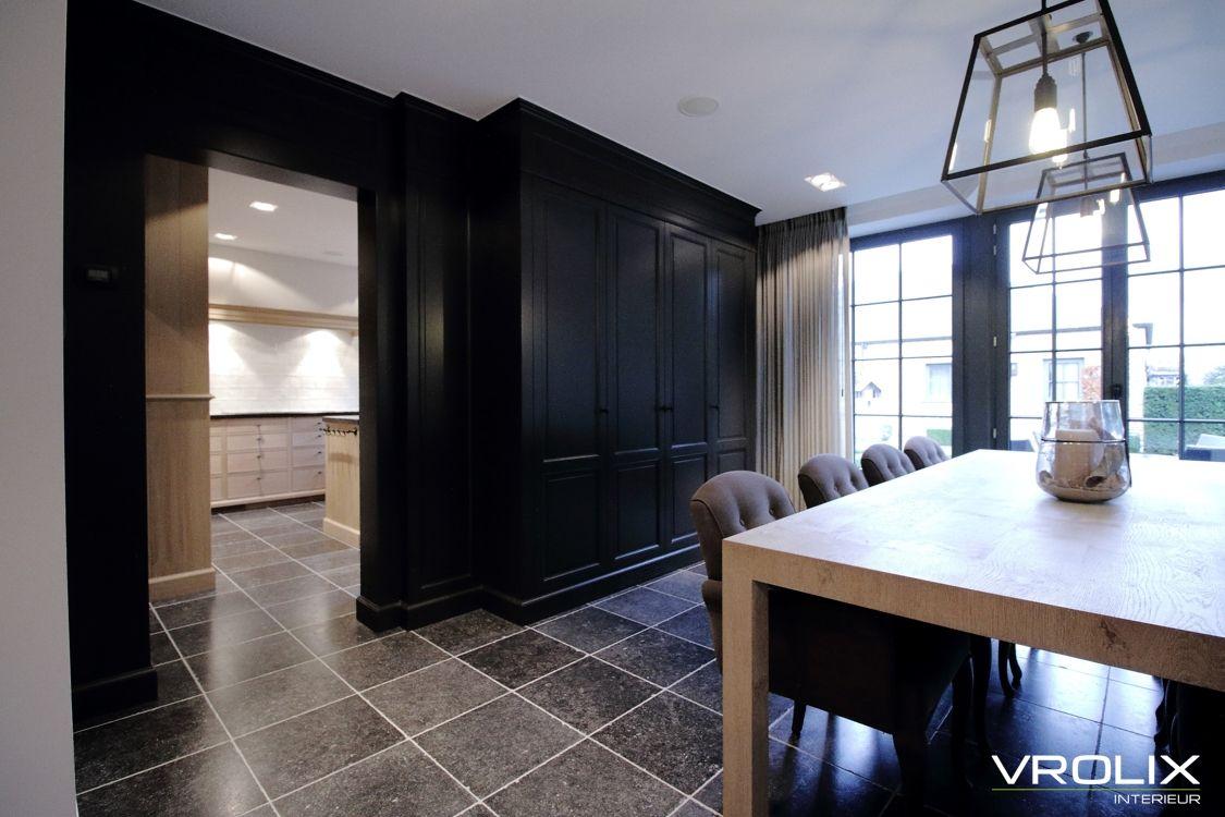 Interieur Woonkamer Eiken : Woonkamer zwart lakwerk exclusief interieur eik vergrijsd gebleekt