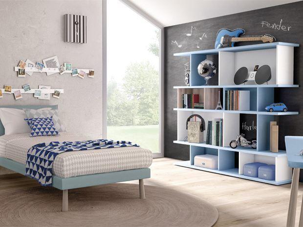 DOMINO+Lacquered+bookcase+by+Zalf
