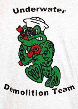 be1e3dee321 T-Shirt