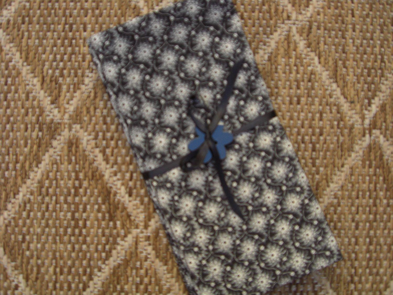 White on Black. Set of 4 Cloth Napkins. by Katekins on Etsy, $12.50