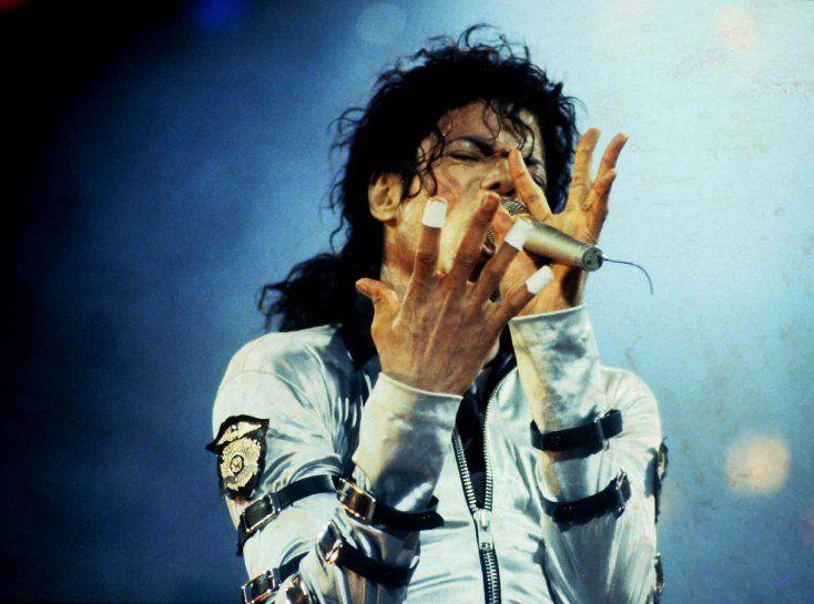 ¡La hija de Michael Jackson ESTALLA frente a las acusaciones al padre! - Para Los Curiosos