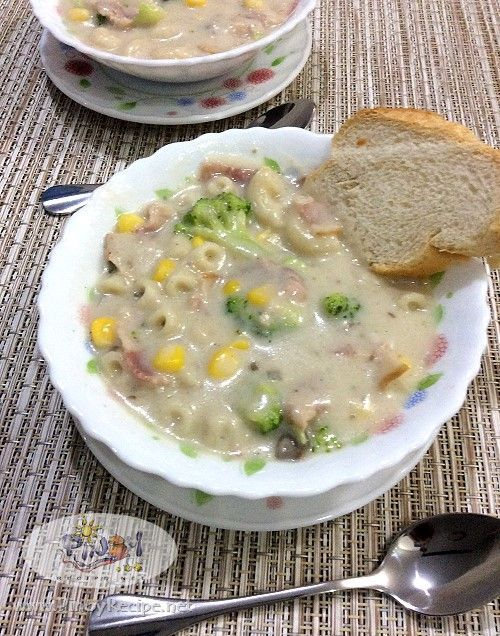 Bacon And Broccoli Mushroom Soup Https Www Pinoyrecipe Net Bacon And Broccoli Mushroom Soup Recipe Mushroom Soup Recipes Soup Recipes Filipino Pasta Recipe