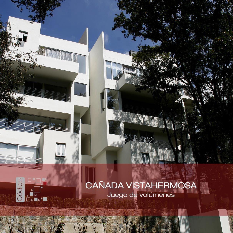 Cañada Vistahermosa. Fachada principal / color blanco / ventanas de aluminio / proporción arquitectónica / juego de volúmenes. Código Z Arquitectos.