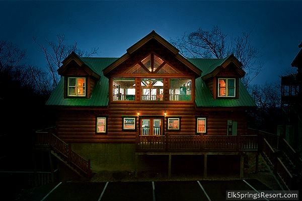 6 Bedroom Cabin In Gatlinburg With Theater Room Not Pet Friendly Gatlinburg Cabin Rentals Gatlinburg Cabins Cabin
