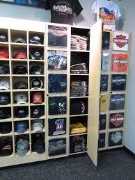 Bildergebnis für t shirt shelf edge display