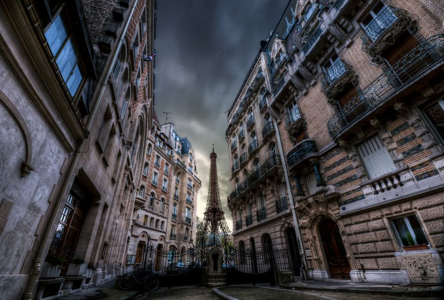 The Darkside Of Paris By Alain Wallior Via 500px Wouldn T Want