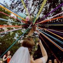 Jeu de la Ronde des rubans de la mariée