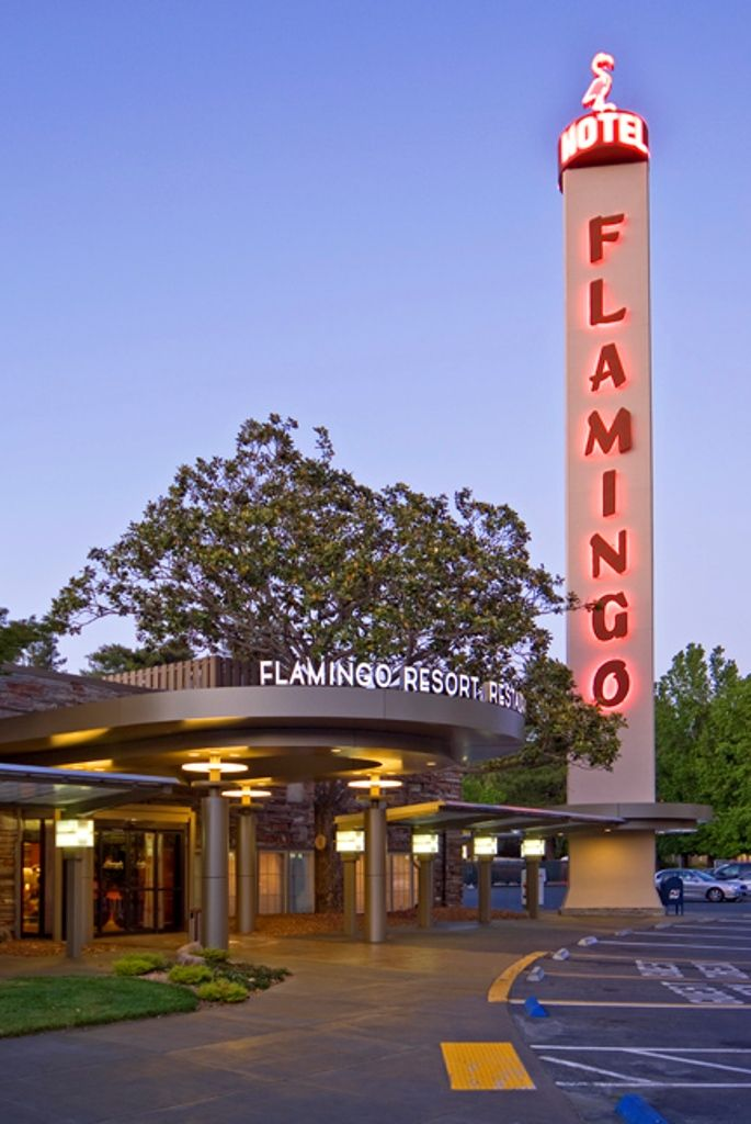 Flamingo Hotel Santa Rosa Sonoma County Built Up Roofing Installed By Wedge