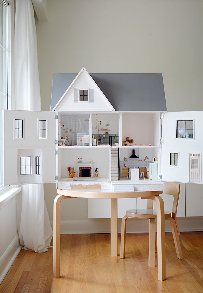 Now this is a cute doll house! We love that it's modeled after an old farmhouse, maybe even the one the lil' one lives in. It's spacious & perfect for all dolls to live in! #dollhouse
