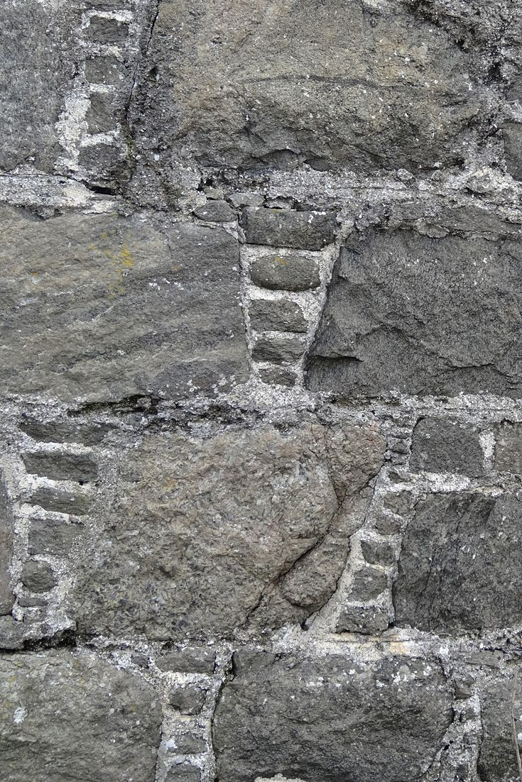 Wall of ruin, Isle of Tiree. Labour of love.
