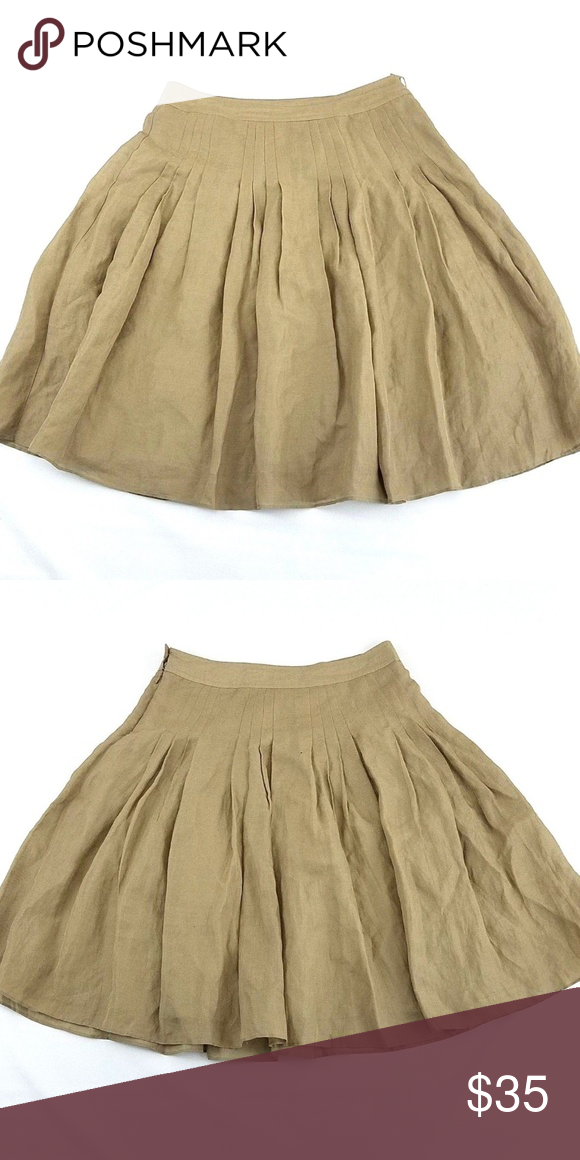 0a843d985 Banana Republic Pleated Linen & Silk Skirt You are buying a Banana Republic  Garment Style: Pleated A-Line Skirt Size: 10 Condition: New without tags ...