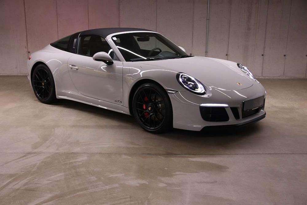 Porsche 991 2 Carrera 4 Gts 2018 Elferspot Com Marketplace For Porsche Sports Cars Porsche Carrera Porsche 911
