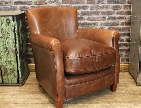 Beautiful This Vintage Style Leather Armchair Is A Classic Design,extremely  Comfortable And Finished In A