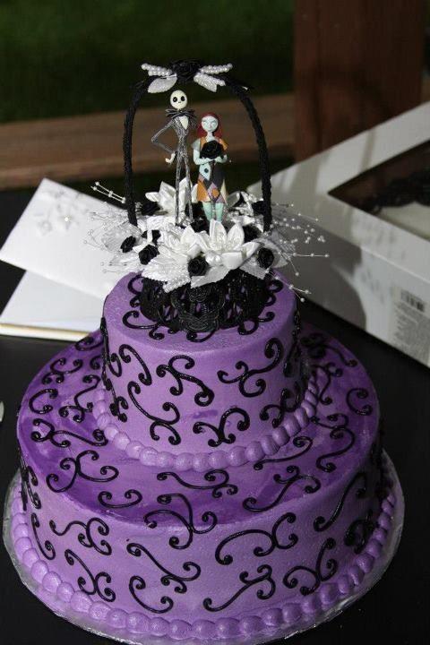 Nightmare before Christmas wedding cake cool geeky cakes Pinterest