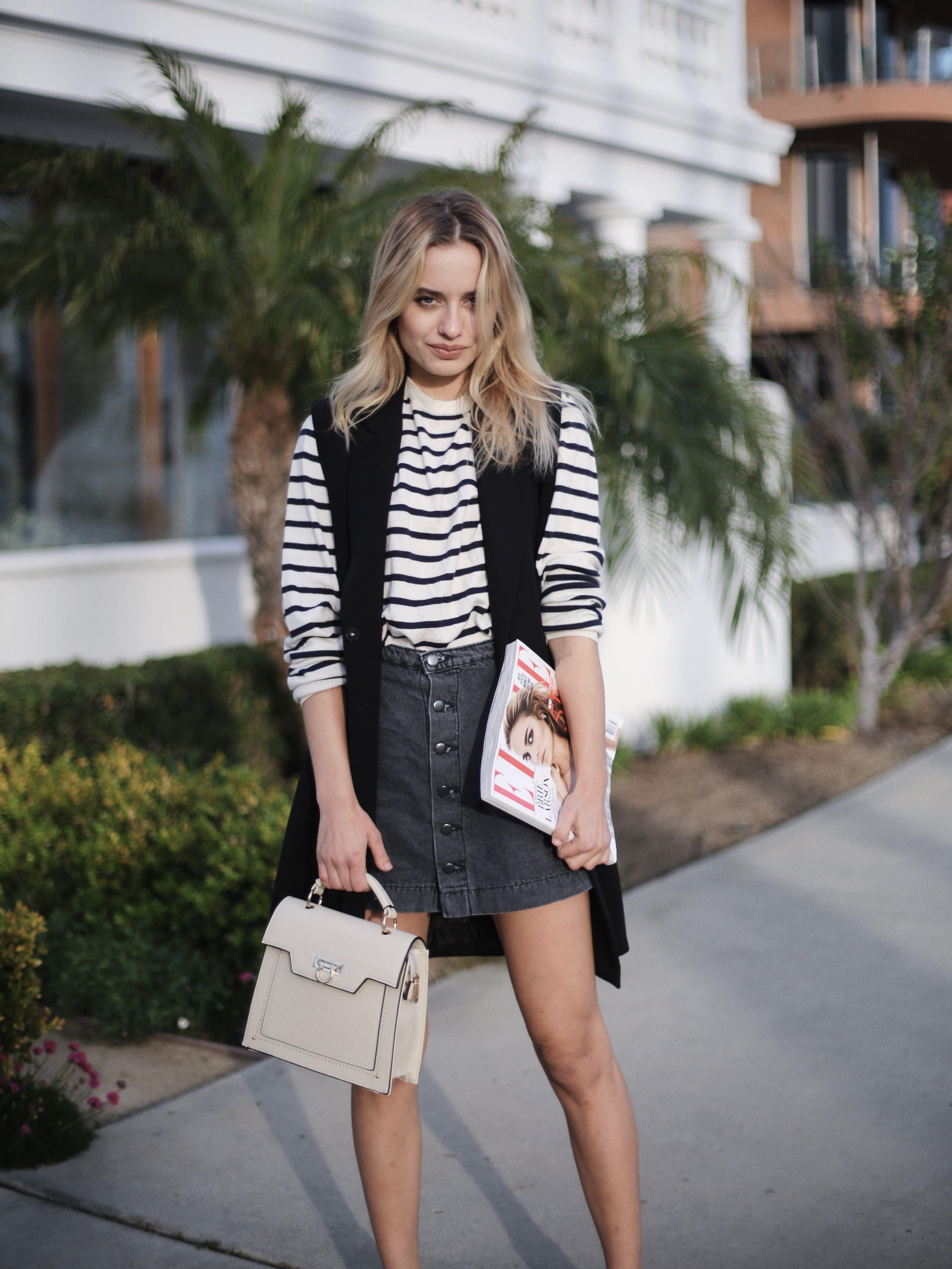 58bcf60cfe2 Fashion blogger