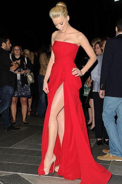 Amber Heard - stunning in a red Elie Saab dress