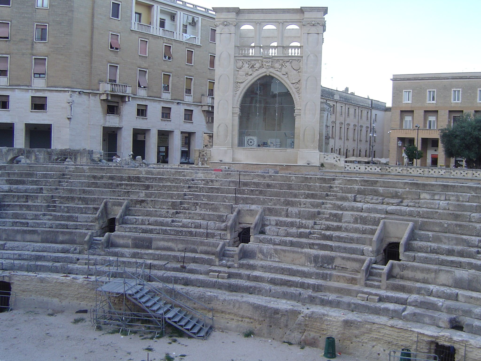 Roman Anphitheatre of Lecce http://www.pugliaandculture.com/touristic-places-in-puglia/lecce-the-baroque-town